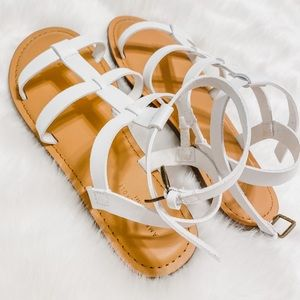 AE White Strappy Buckle Sandals